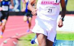 Boys track tries to finish strong