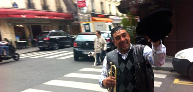 Street artists in Paris