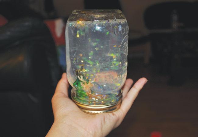 Diy christmas mason jar snow globe the a blast diy christmas mason jar snow globe solutioingenieria Image collections