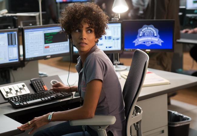 Halle Berry plays a 911 operator in The Call.
