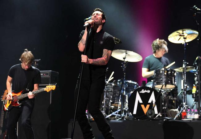 Maroon 5 showed Washington D.C. a good time at the Verizon Center on their Overexposed concert on April 3.