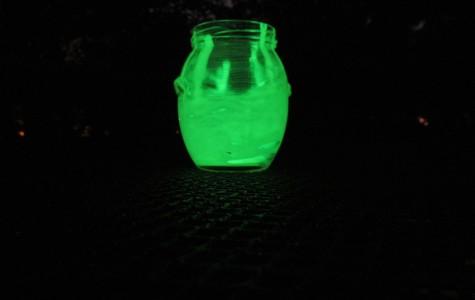 DIY glow-in-the-dark patio jars