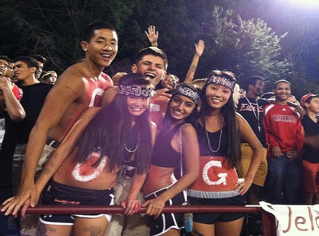 Seniors Michael Tran, Nick Torrico, Jennifer Nguyen, Priya Adhikary, and Alexia Sung show their school pride.