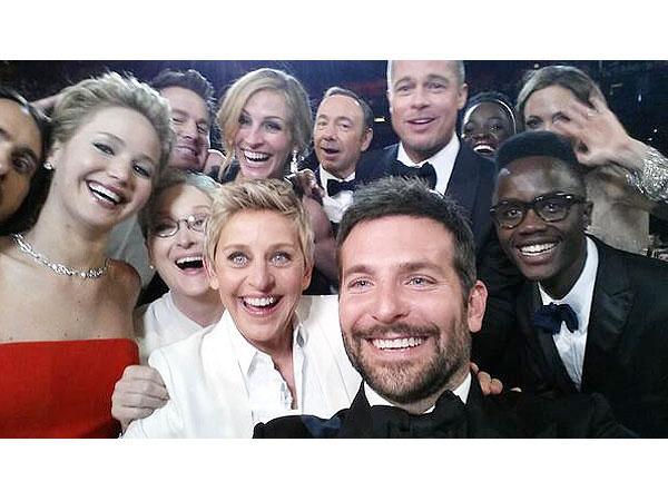 Academy Awards entertain