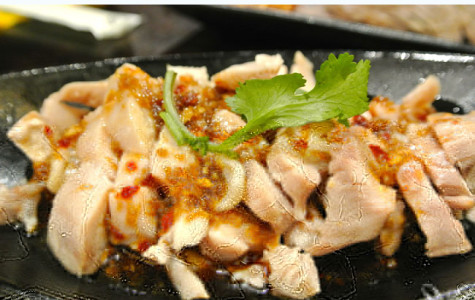 Summer meal: Poached ginger chicken