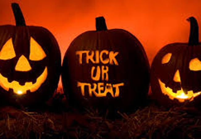 10 things to keep in mind while Trick-or-Treating this weekend