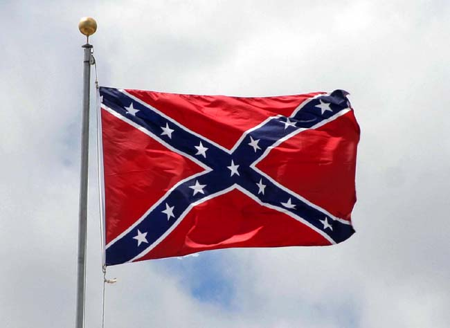 The+controversy+of+the+Confederate+flag