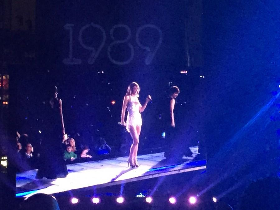 Taylor Swift performing at Nationals Park.