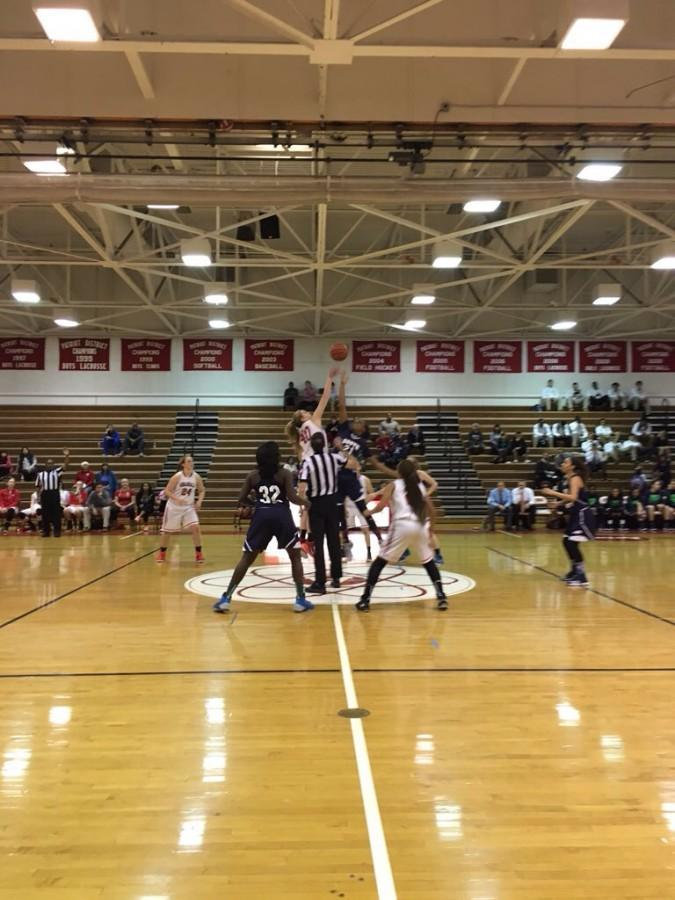 Girls Basketball falls to South County