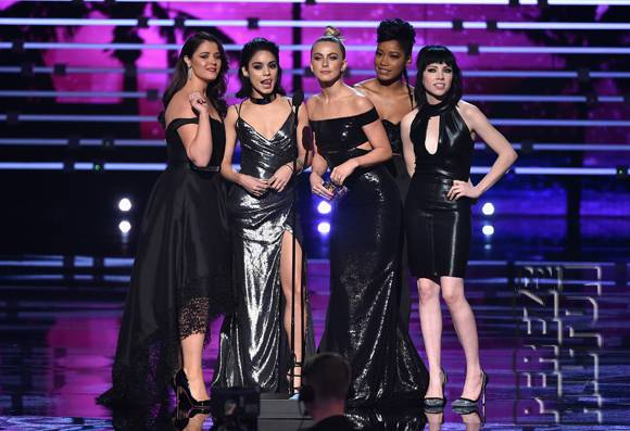 The People's Choice Awards kicks off award season
