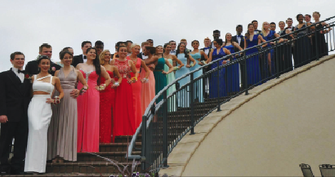 The senior class of 2015 poses for a group picture at last year's Prom.