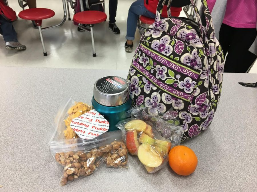 A packed lunch should not just be a small sandwich and should instead include carbs, fruits and protein.