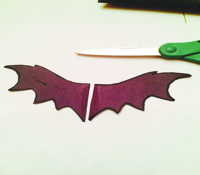 Outline+the+bat+wings+and+cut+them+out.