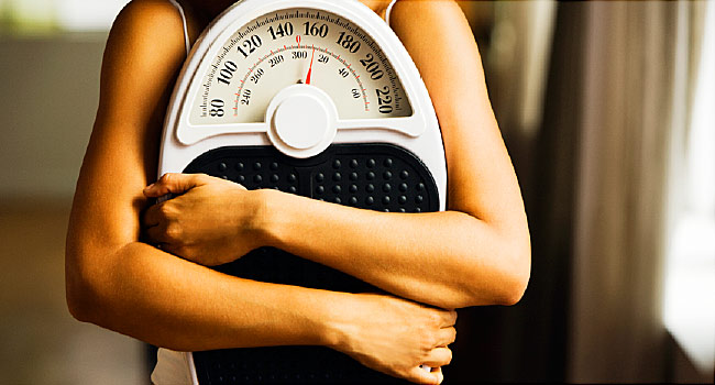 There are downsides to wanting to lose weight, including the possibility of going overboard and harming your body.