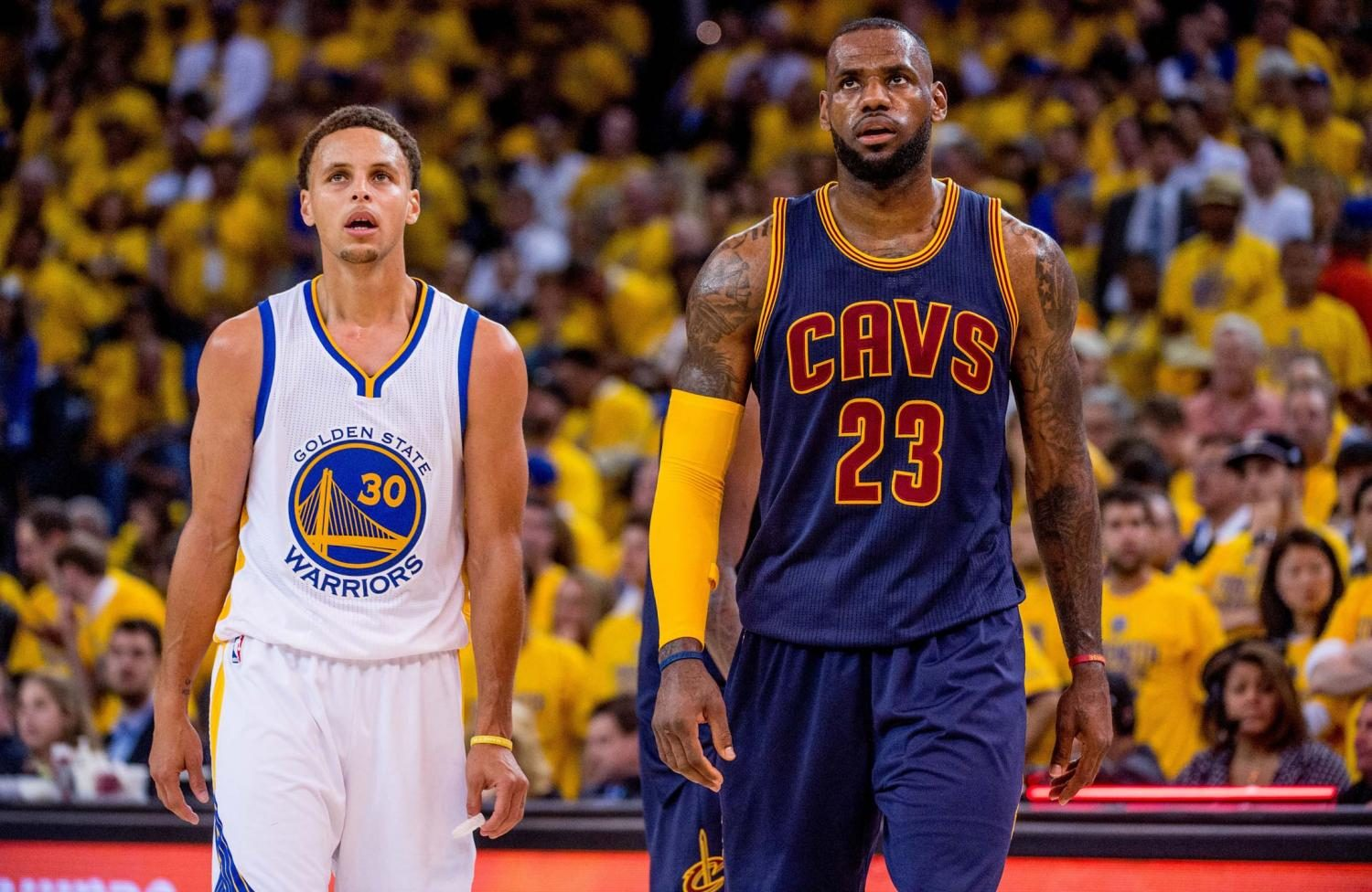 Stephen+Curry+%28Left%29+and+LeBron+James+%28Right%29+appear+to+be+on+a+collision+course+for+another+NBA+finals+rematch+this+season.+