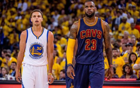 Stephen Curry (Left) and LeBron James (Right) appear to be on a collision course for another NBA finals rematch this season.