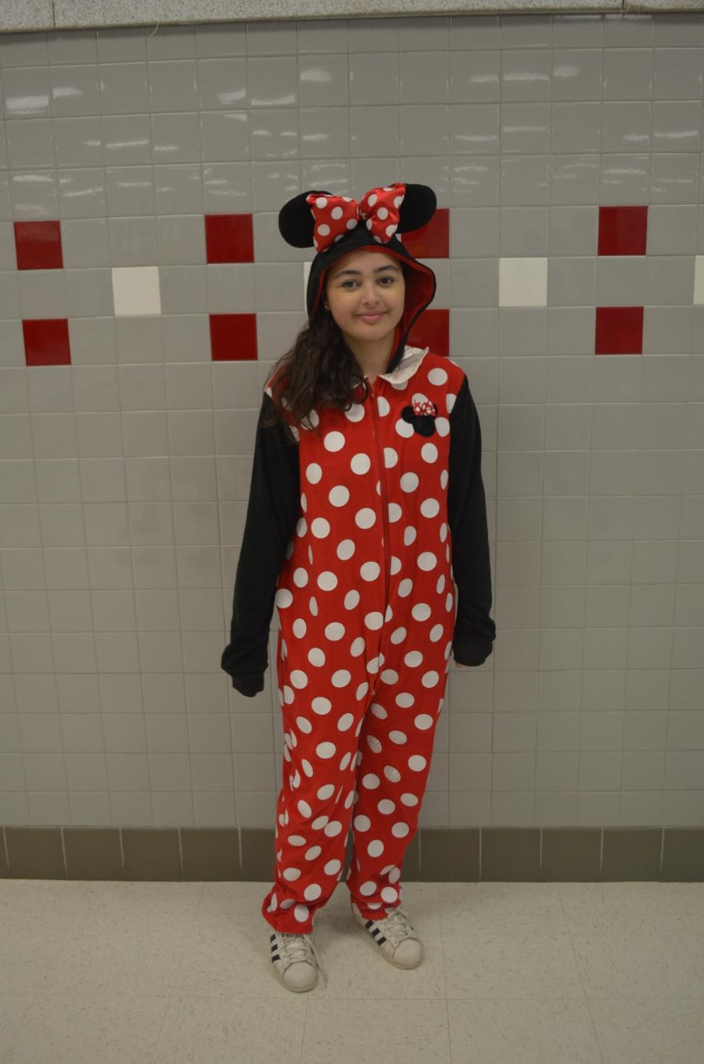 Freshman+Loujayne+Malkawi+dresses+up+as+Minnie+Mouse+in+a+onesie.