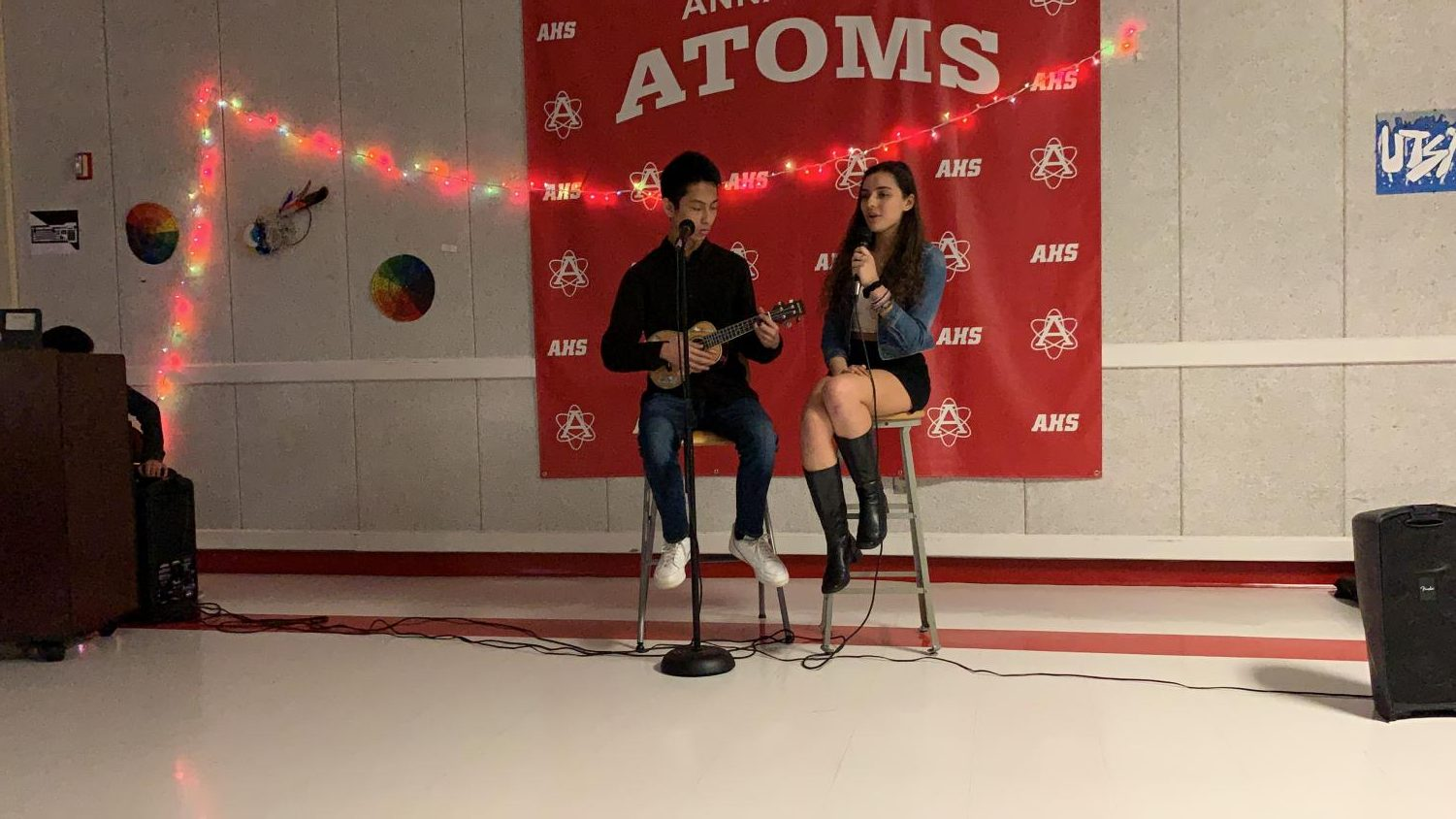 Juniors Elvera Miller and Jimmy Le perform