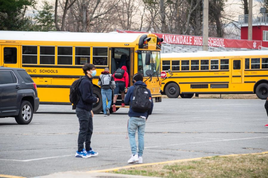 AHS is now offering late buses to all students on Thursdays. No prior sign up is required. This is intended to offer additional academic support after school.